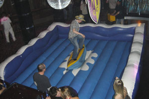 Rodeo Surfing inflatable